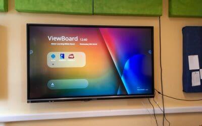 3db új interaktív kijelző érkezett